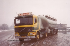 Volvo-F12-VJ-73-JR