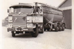 Volvo-F88-ZV-71-30
