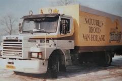 Scania-93M-VR-27-BG