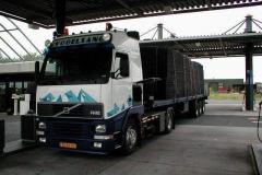 Volvo-FH12-BJ-DL-16