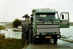 Scania-142H-BB-04-VD-2-