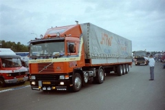 1_Volvo-F12-VB-86-DJ