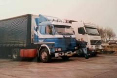 Volvo-FH-12-BB-FD-61-Scania-VJ-08-PS