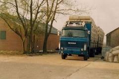 Scania-111-55-17-MB-3