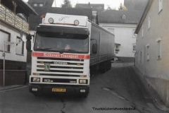 Scania-113M-VN-19-JR