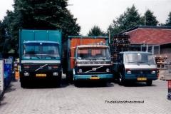 Volvo-FL-6-6-VD-33-TB-BD-93-JH-Volkswagen-LT-VG-54-DR